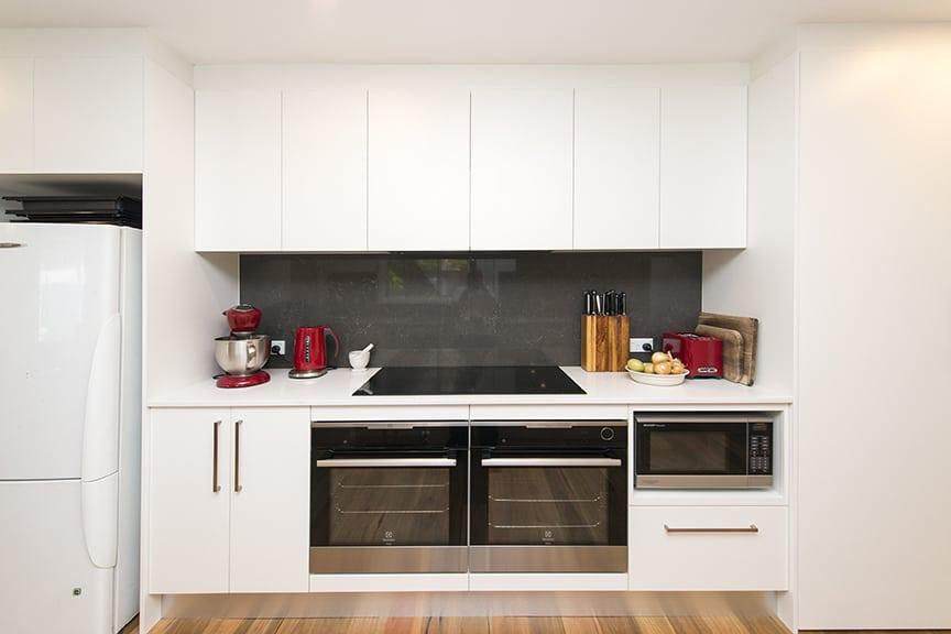 3-DOVE-PLACE-HINCHINBROOK_PBJ4089_kitchen_low-res