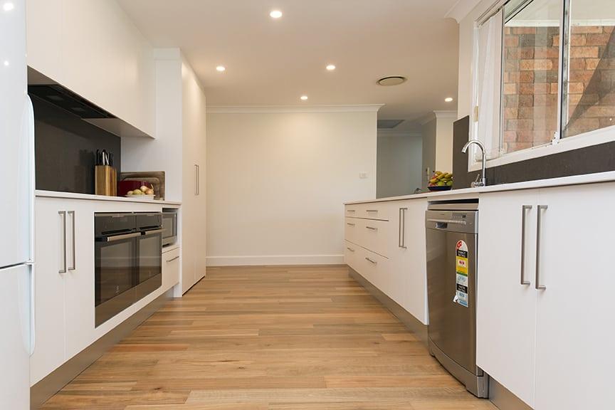 3-DOVE-PLACE-HINCHINBROOK_PBJ4120_kitchen_low-res