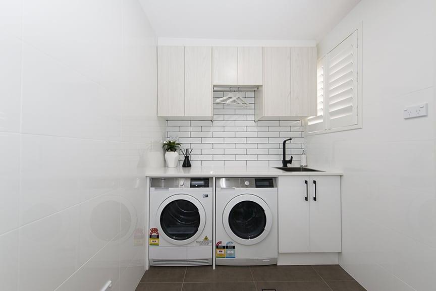 62-LINDEMAN-ST-GREEN-VALLEY_pbj4420_laundry4